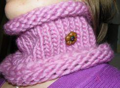 Come fare uno scaldacollo con i cerchi per la maglia