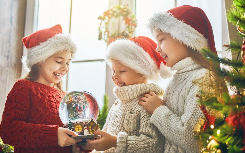 Foto Con La Neve Di Natale.Come Fare Una Palla Di Vetro Con La Neve Pane Amore E Creativita