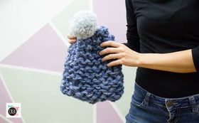 Come fare un cappello a maglia con le mani