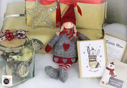 Natale con le Etichette Avery: regali e pacchi personalizzati in pochi click!