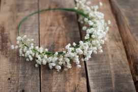 Coroncine per le spose e le damigelle: idee fai da te